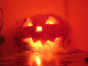 Still looking for pumpkin templates to help decorate for Halloween? Heidi Braley of eHow has a simple how-to for your carving delight! (Photo: flickr.com)